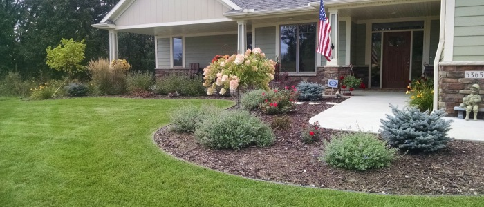 Landscaping services rochester mn for Landscape design mn